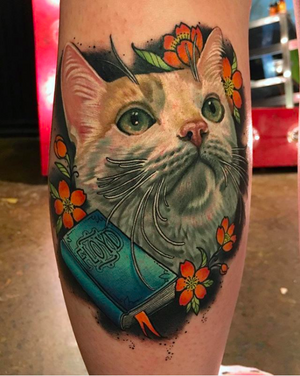 Had such a fun time tattooing this cutie named Floyd yesterday at my studio @Grit_N_Glory #cat #cattoo #cattattoo