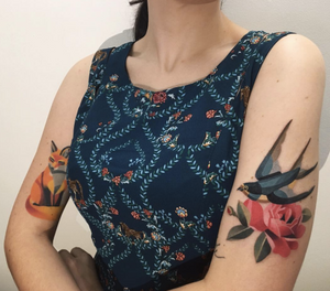 #sashaunisex #Swallow with #rose was done today, #fox is healed (4 months)