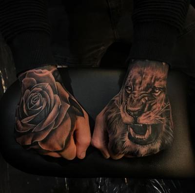#aroncowles #rose #lion