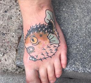 parnordetattooFugu foot from the archives . The first tattoo I made using only self made needles. A proud moment! #infamousstudio #södermalm #stockholm #stockholmtatuering #tattoowork #swedishtattooartist #traditionaltattoo #tattoo #tatuering #tattooartist #tattooart #tattoos #tattooartist #tattoolife #inked #flashtattoo #oldschool #instatattoo #boldtattoo #goodtimes #fugu #blowfish #japanesetattoo #foottattoo