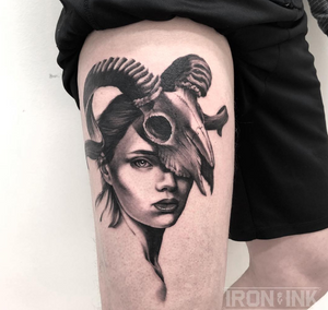 #inkartist #tattoosofinstagram #tattoooftheday #inkedlife #tattooartist #estertarabal #tattrx #thebesttattooartists #blxckink #blacktattooart #tattooistartmag #tattoolifemagazine #copenhagentattoo #denmarktattoo