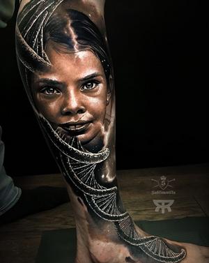 Tattoo by @emanueloliveira_tattooart #SullenFamily #realistictattoo #sullentv #inkedmag #goldenstatetattooexpo #tattedskin #TogetherWeRise #nyempirestatetattooexpo #savemyink #thebesttattooartists #worldofpencils