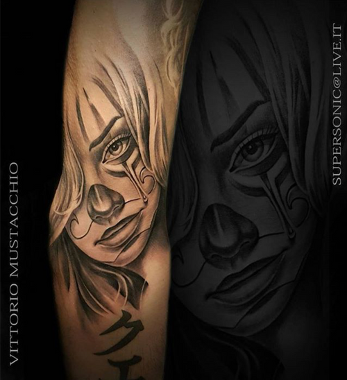 Done at @thevenetianjob of @alexdepase @hustlebutterdeluxe #hustlebutterdeluxe @bulldogpro #bulldogpro @polynesianink @stencilforte @dermalizepro @ipowertattoo @taurus_cartridges #blackngrey #payasa #tattoo #chicanotattoo #tattooed #ink