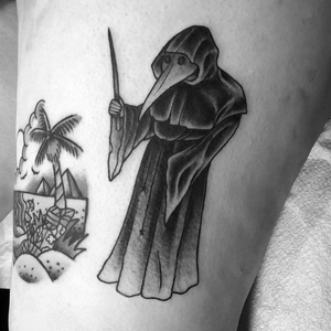 Plague doctor from yesterday. . . . #plaguedr #plaguedoctor #plaguedoctortattoo #plaguemask #yersiniapestis #blackdeath