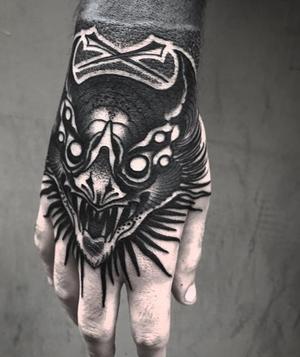 🦇🦇🦇✖️Sweet Vegan Bats✖️🦇🦇🦇 Done at: VOID TATTOO TORINO!!! 1st day FREEHAND Thanks my friends @krimzombietattoo #d_world_of_ink #custom #blacktattoo #blacktattooworld #gothic #black #blackart #blackwork #blxckink #tattoo #tattoos #tattooer #tattoolife #darkartists #onlyblackart #inked #onlythedarkest #inkedup #instagood #instalike #instadaily #blackworkerssubmission #blackworkers #blackworkers_tattoo #sicaca #blacktattooworld #gothic #batman #battattoo #batlife #nero #freehand