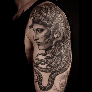 Black and grey tattoo by Regino #blackandgrey