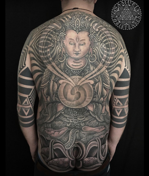 Buddha tattoo by Samuel Christensen #blackwork #tibet #buddha #geometrytattoo #ravensburg