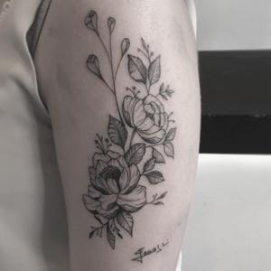 Flower composition #flowertattoo #sangroyaltattoos