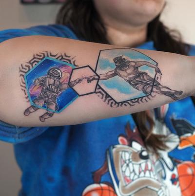 @radtattoos @tattrx @equilattera @inkstinctcolors @thinkbeforeuink @inkedmag @thebesttattooartists @fkirons @worldfamousink @intenzetattooink @tattoodo . . . #fkirons #watercolor #watercolortattoo #watercolour #watercolourtattoo #watercolortattoos #tattoo #tattoos #tattooed #colortattoo #abstract #abstracttattoo #sketchtattoo #sketchytattoo #neowatercolor #barisyesilbas #geometric#space #arrow #galaxy