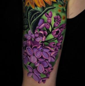 Lilac flowers by Jose Guevara Morales #lilacflowers #flowers #flowertattoo