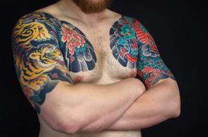 By Sergey Buslaev #buslay #buslaytattoo #foxboxtattoo #japanese