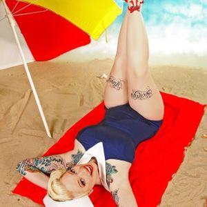 #tattoodobabes #tattoomodel #pinup #colortattoos #thightattoos