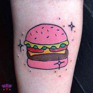 Glitter burger by Jess Koala #tattooapprentice #ignorantstyle #illustration #boldlines #traditional #bayareatattoo #sanfranciscotattoo #blackandbluetattoo #yummy #hamburger #burger #hamburger