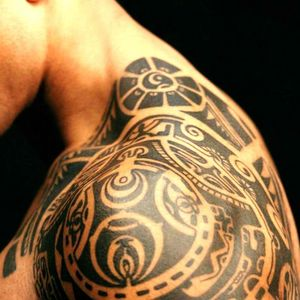 #therock #dwanejohnson #polynesiantattoo #polynesian #halfsleeve