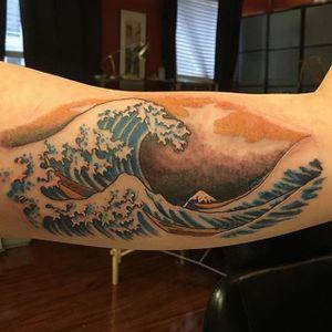 """Kanazawa oki nami ura"" or ""The Great Wave off Kanazawa"", a woodblock print by famed artist Katsushika Hokusai, awesome tattoo by Darren Rosa #japanesewave #nami #hokusaiart #ukiyoe #traditionaljapanese #waves #nopremadetattooflash #sketches #risingdragontattoo #customtattooshop #wave #Kanazawa"