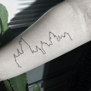 Hogwarts #fineline #finelinetattoo #fineliner #finelineart #harrypotter #hogwarts #magic #tattoodoBR #estudiometamorphosis