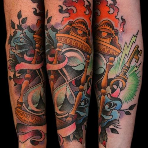 #traditional #hourglass #fullcolor