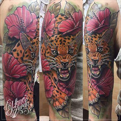 Pide ya tu cita con Krish Trece! #lamanozurda #madridtattoo #malasañatattoo #tatuaje #neotradicionaltattoos #neotraditional #feline #madrid #leopard