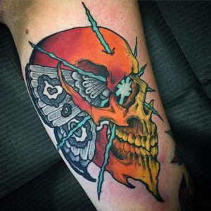 Skull Moth Tattoo by Scott Garitson #skullmoth #skull #moth #skullmothtattoo #neotraditional #neotraditionaltattoo #traditionaltattoo #traditional #boldtattoos #ScottGaritson