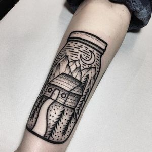 Cabin in the woods, in a jar, by James Armstrong. (via IG—james_armstrong_hmt) #minimalistic #linework #illustrative #blacktattoo #jar #jamesarmstrong