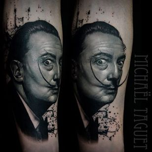 Good old Salvador. (via IG - michaeltaguet) #realism #celebrity #portrait #michaeltaguet #SalvadorDali