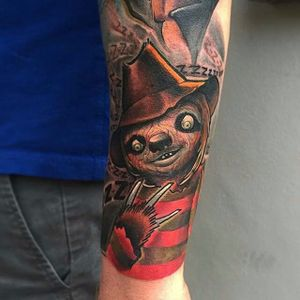 Freddy sloth by Eddie Stacey. #neotrad #neotraditional #sloth #NightmareOnElmStreet #FreddyKrueger #EddieStacey