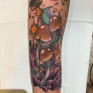 Mushroom Tattoo by Heidrizo #mushroom #mushroomtattoo #mushroomtattoos #fungi #fungitattoo #fungitattoos #mushroomdesigns #Heidrizo