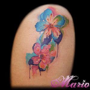 Flores! #InkedByMario #MarioGregor #aquarela #watercolor #TatuadorGringo #colorida #colorful #flores #flowers