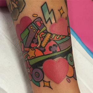 Roller Skate by Shell Valentine (via IG-shell_valentine_tattoo) #kawaii #traditional #colorful #90s #ShellValentine