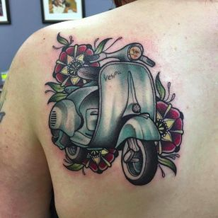 Vespa by Chris Copping (via IG -- chris_copping_tattoo) #chriscopping #vespa #vespatattoo #scooter #scootertattoo