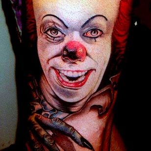 Straight from the movie poster tattoo by Saz #Pennywise #IT #StephenKing #clown #reboot #TimCurry #horror #realism #saz