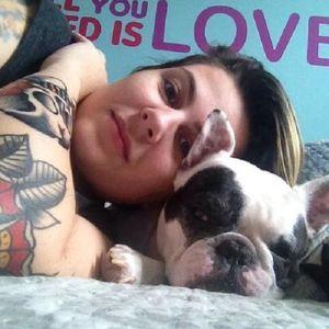 Laila Raeder, Tatuadora #mulhertatuada #mulheresdeatitude #tattoodobabes #brasil #brazil #portugues #portuguese