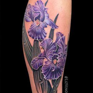 Irises by Liz Venom (via IG-lizvenom) #realism #painterlystyle #lizvenom #flower #flowers