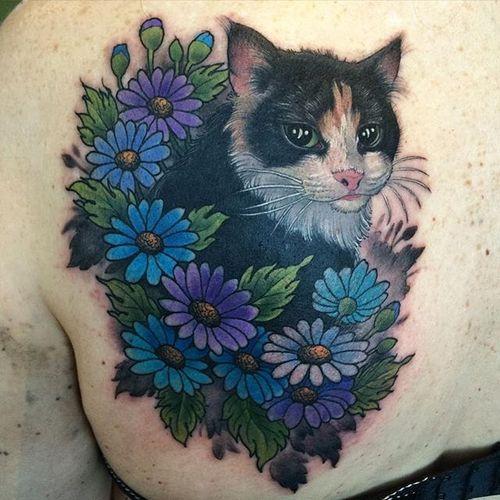 Darling cat hiding in the flowers. By Crispy Lennox. #cat #flowers #neotraditional #styledrealism #CrispyLennox