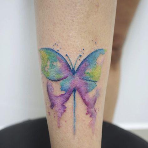 #AmandaBarroso #brasil #brazil #brazilianartist #TatuadorasDoBrasil #watercolor #aquarela #colorido #colorful #borboleta #butterfly #inseto #bug