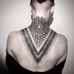 Neck lace by Caco Menegaz #CacoMenegaz #blackwork #linework #dotwork #ornamental #geometry #geometric #sacredgeometry #pattern #tattoooftheday