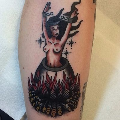 A witch being boiled alive via Shaun Bailey (IG—bailey_tattooer). #dark #ShaunBailey #traditional #witch