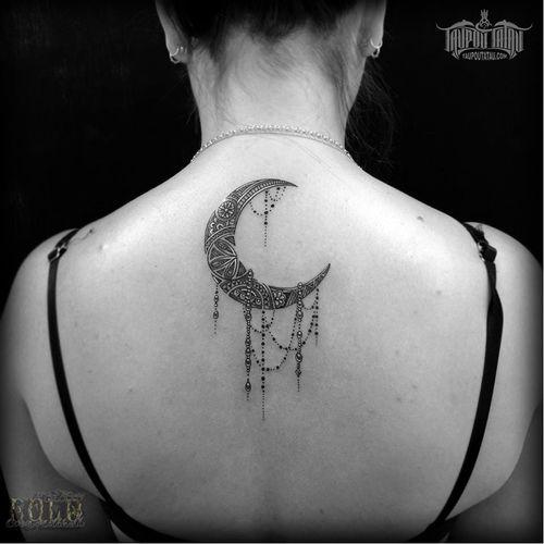 #lua #moon #CoenMitchell #mandala #pontilhismo #dotwork #fineline #blackwork #geometria #geometry #NovaZelandia #brasil #brazil #portugues #portuguese