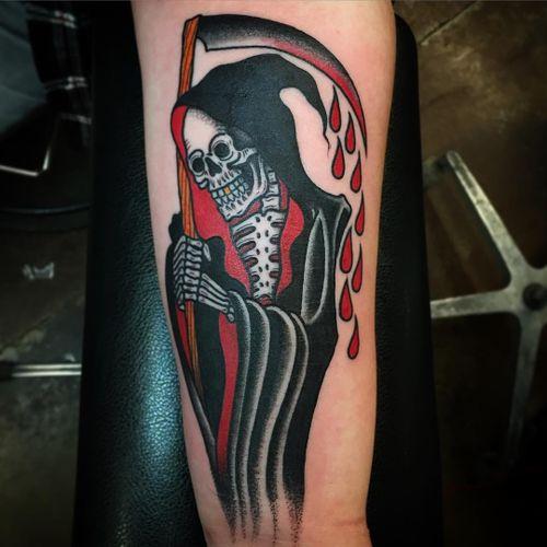 Feita por Paul Nycz #PaulNycz #ceifador #ceifeirotattoo #reapertatto #reaper #grimreaper #morte #death #skull #caveira #tradicional #traditional #sangue #blood