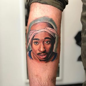 Tupac tattoo by JimmYimier #Jimmyimier #musictattoos #color #newschool #portrait #illustrative #graphicart #popart #music #rapper