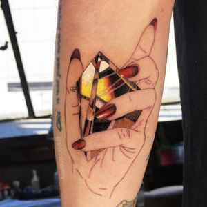 Heart of Gold tattoo by Shannon Perry #ShannonPerry #jeweltattoos #color #linework #hand #nails #nailpolish #gold #crystal #gem #rock #jewel #realism #realistic #hyperrealism #tattoooftheday