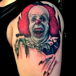 Truly terrifying Pennywise busting out of the skin found on Pinterest by unknown artist #Pennywise #IT #StephenKing #clown #reboot #TimCurry #horror #realism