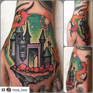 #RizzaBoo #castelo #castle #oldcustom