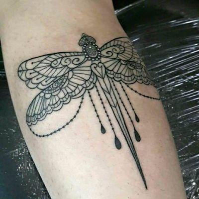 #AnnyTattoo #AnnySousa #tatuadorasdobrasil #fineline #libelula #dragonfly