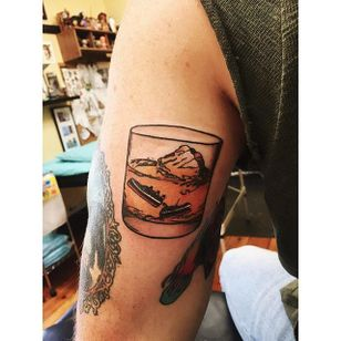 Sinking ship in a glass tattoo by Lauren Winzer. #Lauren Winzer #girly #ship #glass #iceberg #drink