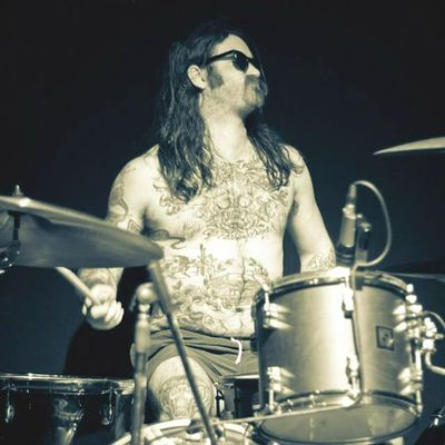 Jack Gribble rocks out playing drums in Arms Aloft (photo credit Giljotina Records) #armsaloft #jackgribble #drums