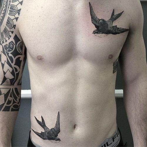 Swallow Tattoo by Joel Spiteri #swallow #bird #birds #neotraditional #blackwork #blackneotraditional #blackink #blackworkartist #JoelSpiteri