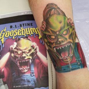 Spooky mask. (via IG - zombiegirltattoos) #Goosebumps #GoosebumpsTattoo #RLStine #Mask