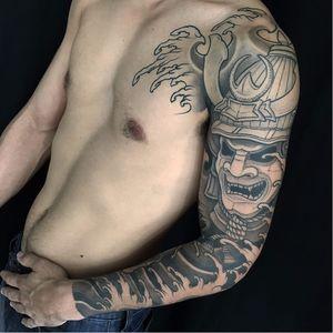 Fechamento. #LorenzoGentil #TatuadoresDoBrasil #Pretoecinza #blackandgrey #samurai #guerreiro #warrior