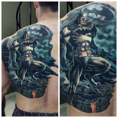 Batman vigiando a cidade #RodrigoLobão #RodrigoRodrigues #brasil #brazil #tatuadoresdobrasil #brazilianartist #comic #batman #nerd #geek #hq #dc #hero #superhero #heroi #superheroi #dccomics #cartoon #batsignal #batsinal